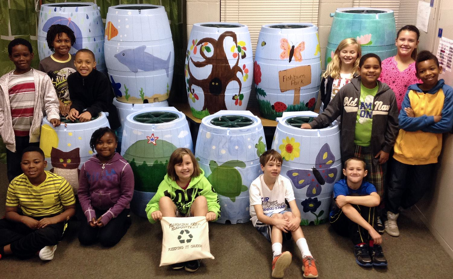 2014-10-13 Painted Rainbarrels with Students edit Web 1