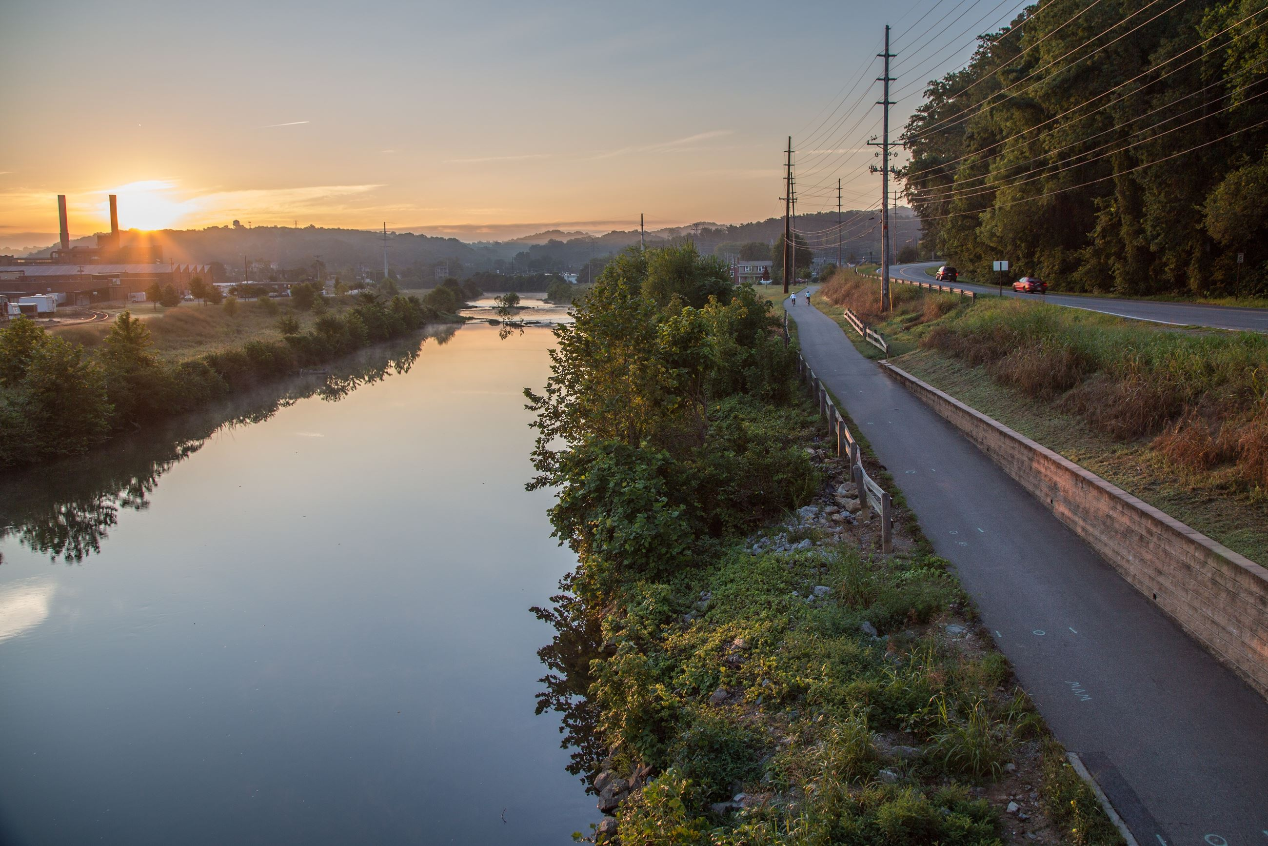 River Sunrise from 9th St Bridge